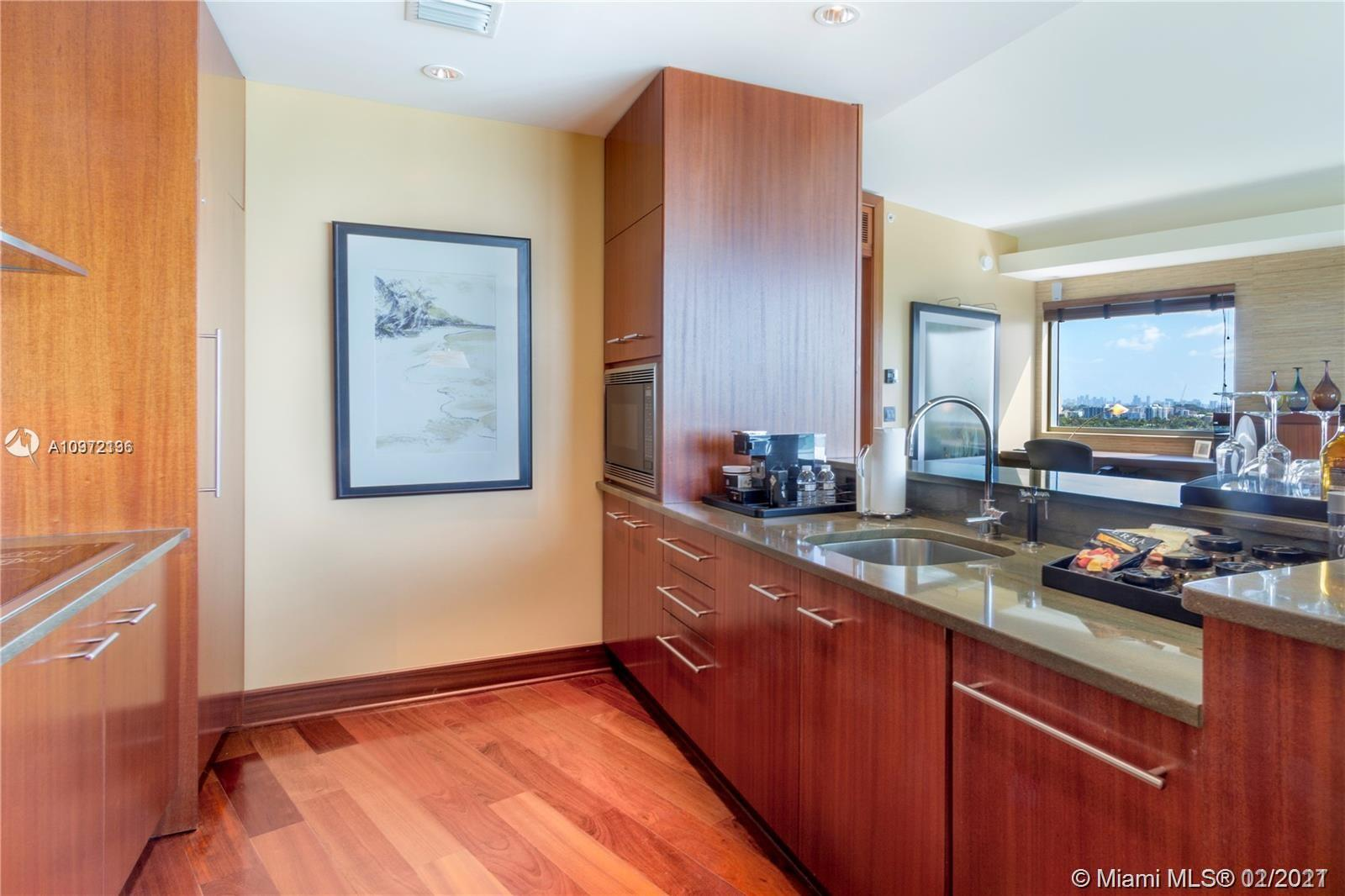 10295 Collins Ave #710/711 photo025