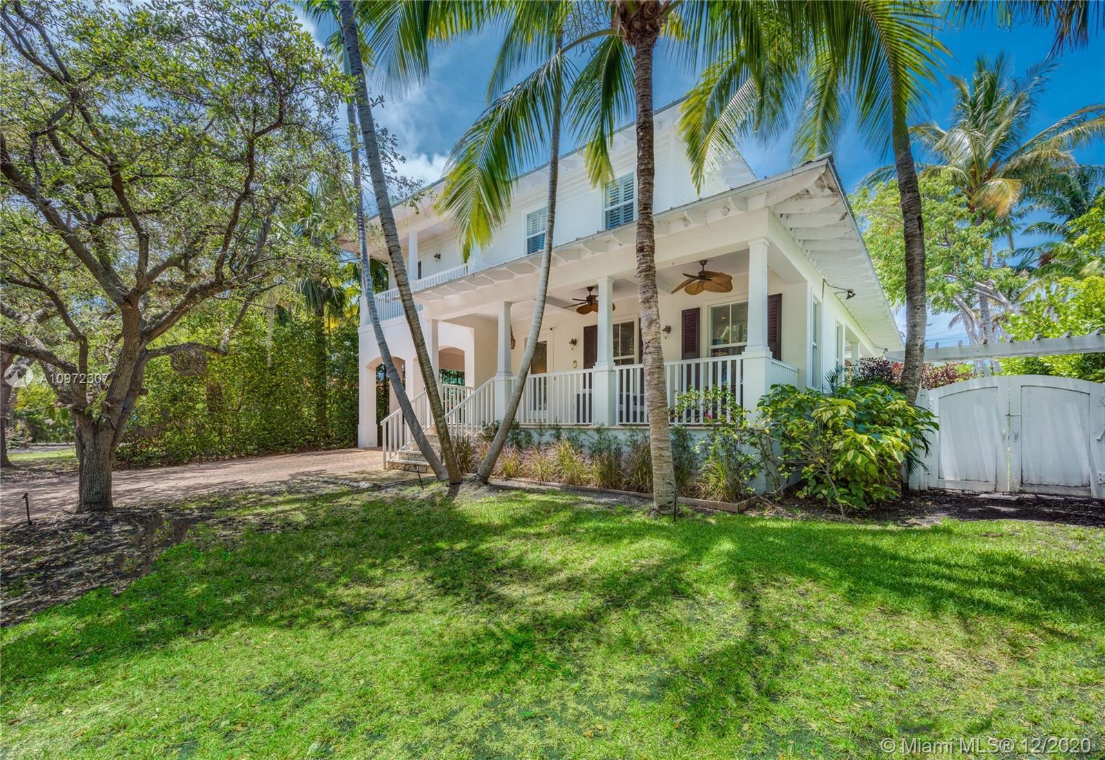 Tropical Isle Homes # photo02