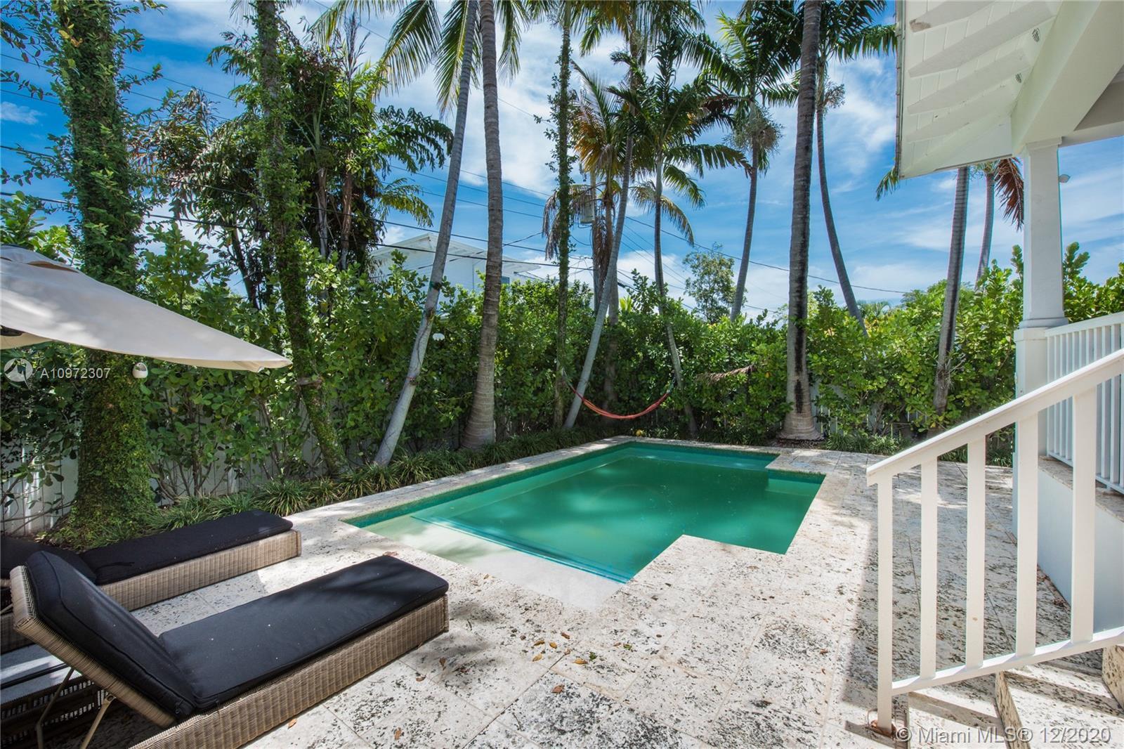 Tropical Isle Homes # photo03