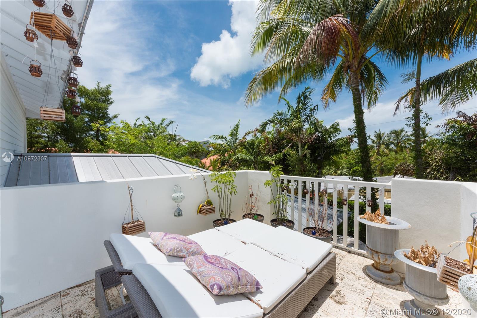 Tropical Isle Homes # photo28