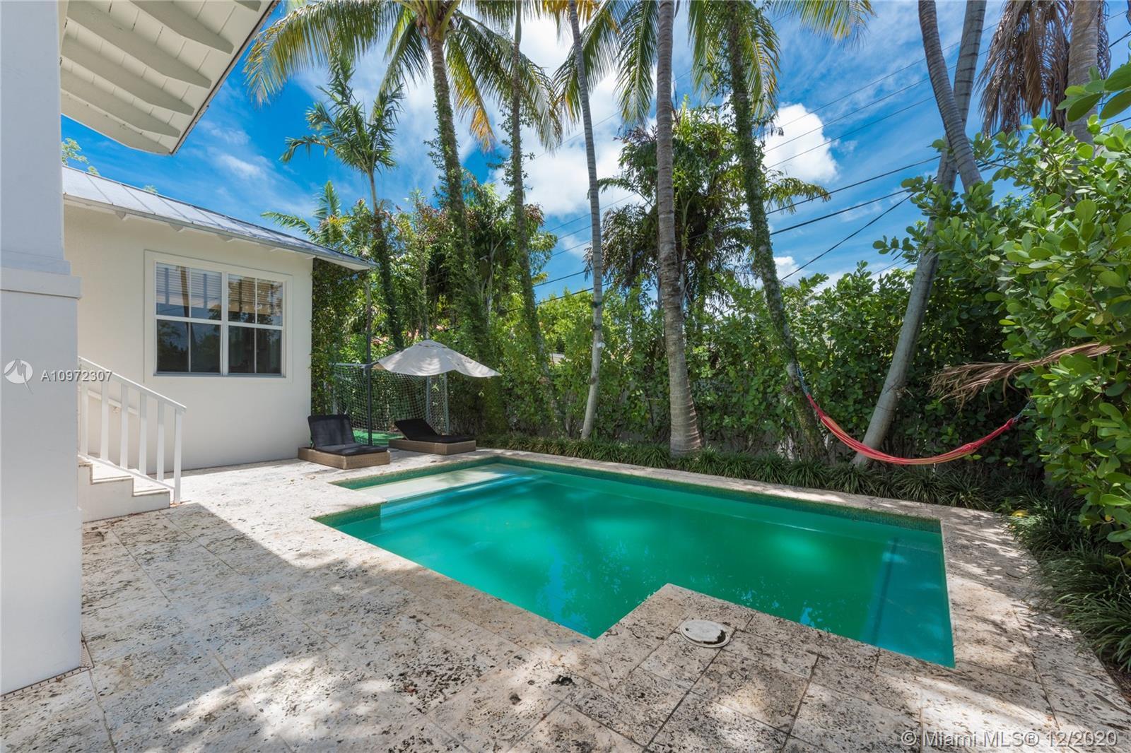 Tropical Isle Homes # photo04