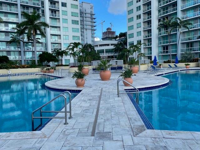 244 Biscayne Blvd #246 photo05
