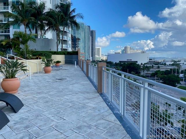 244 Biscayne Blvd #246 photo09