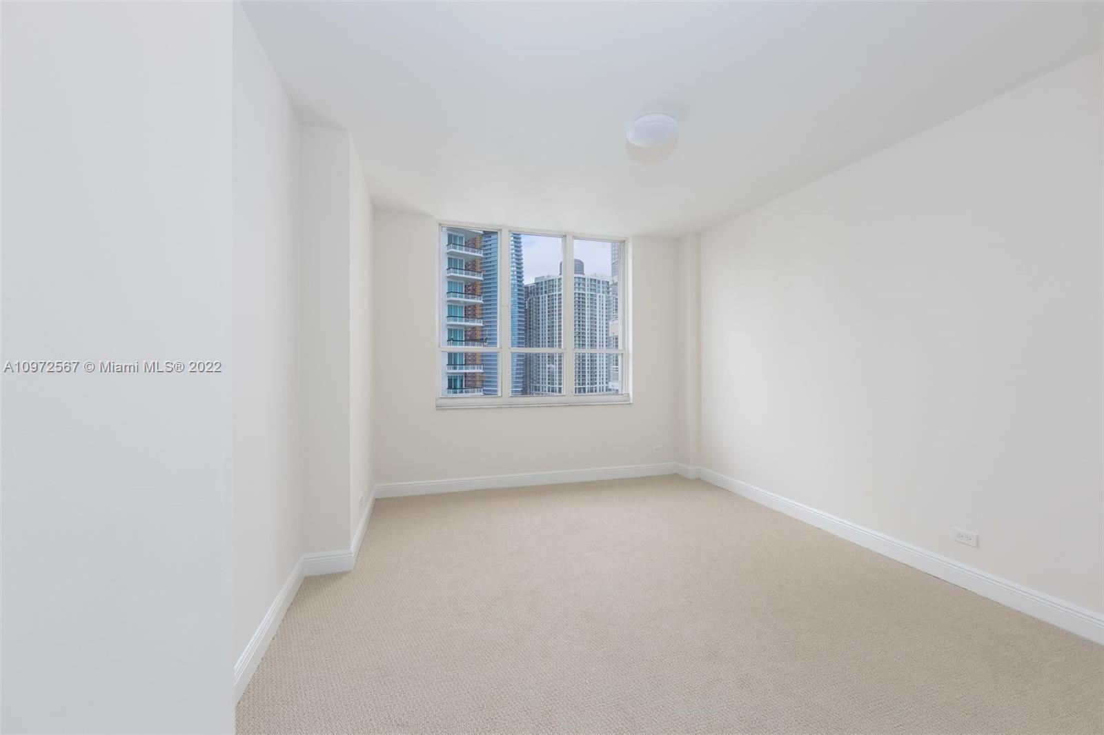 888 Brickell Key Dr #2401 photo028