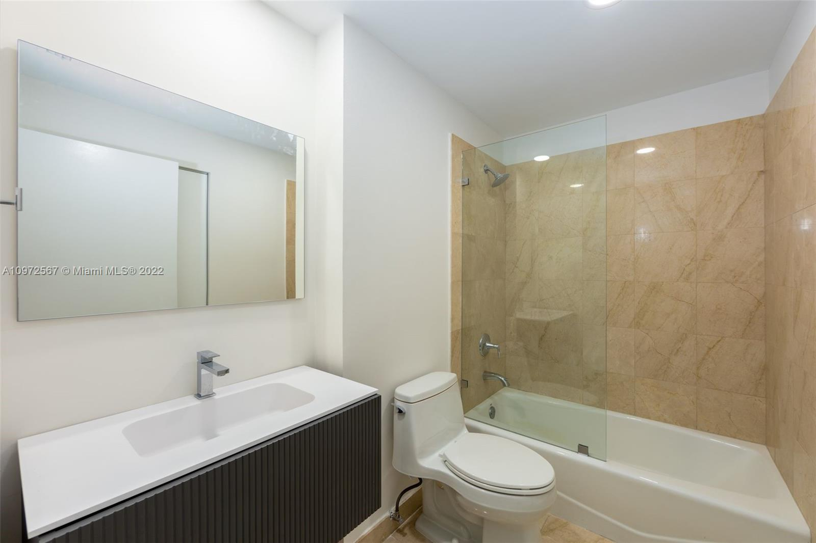 888 Brickell Key Dr #2401 photo030