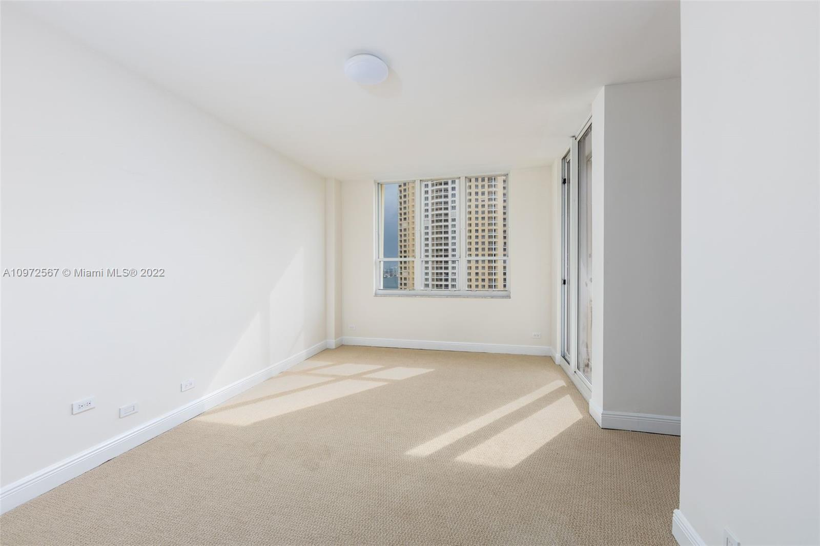 888 Brickell Key Dr #2401 photo010