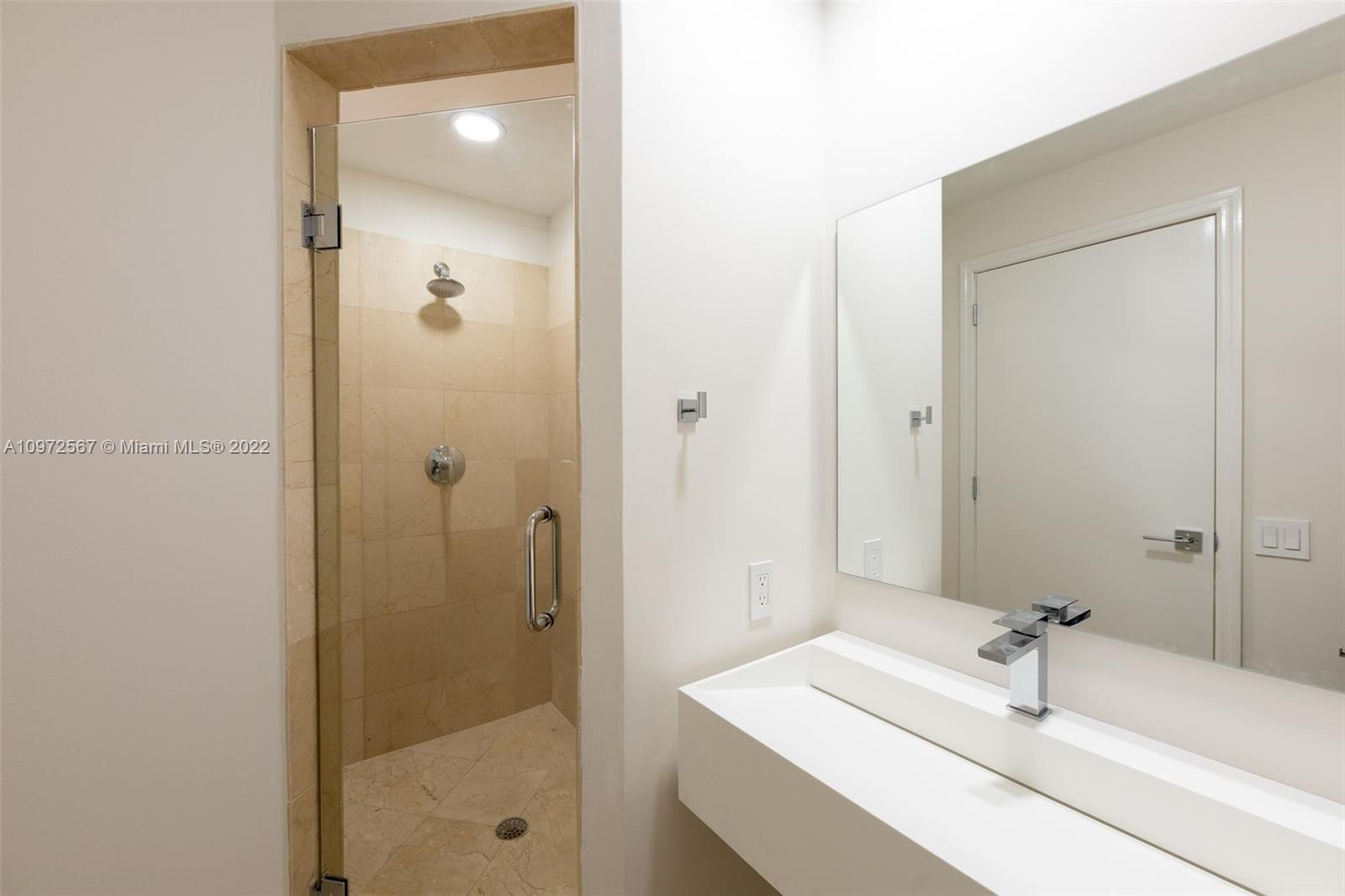 888 Brickell Key Dr #2401 photo014