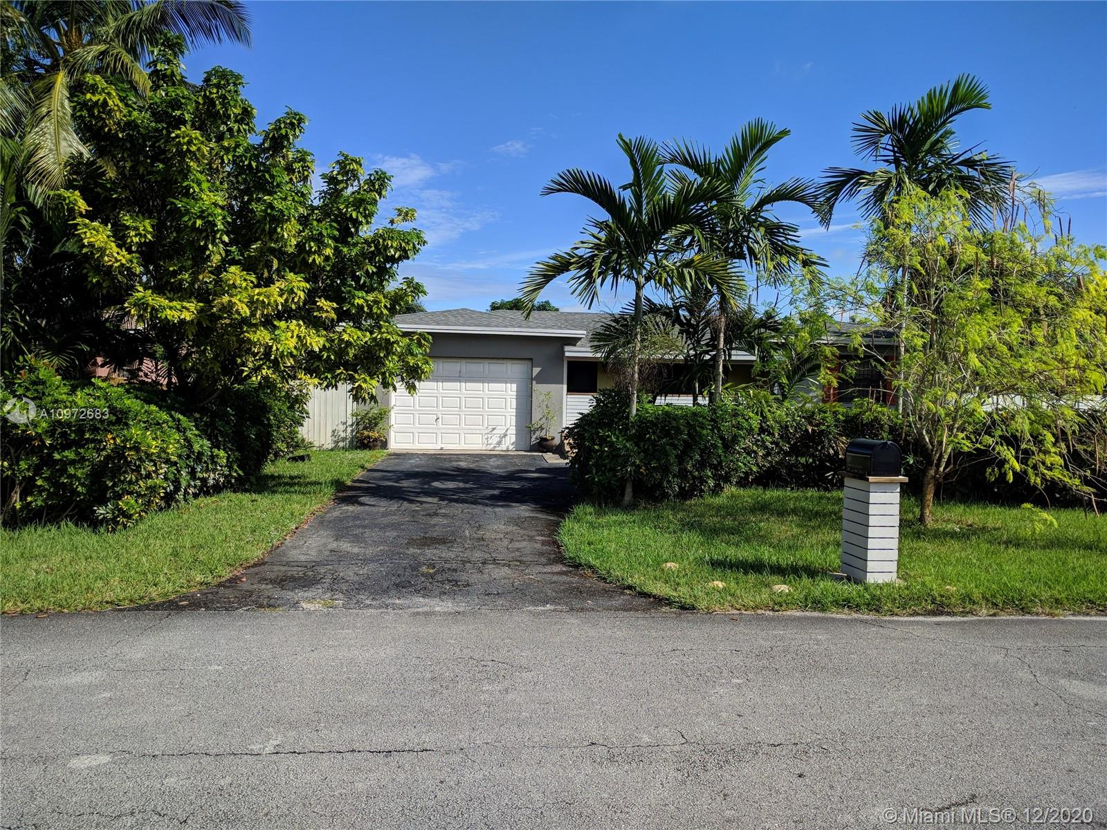 Bisc Gardens - 14725 Garden Dr, Miami, FL 33168