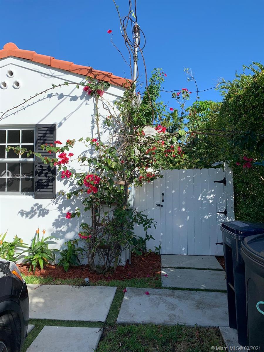 8811 Emerson Ave photo080