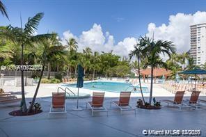 Arlen House #715 - 100 Bayview Dr #715, Sunny Isles Beach, FL 33160