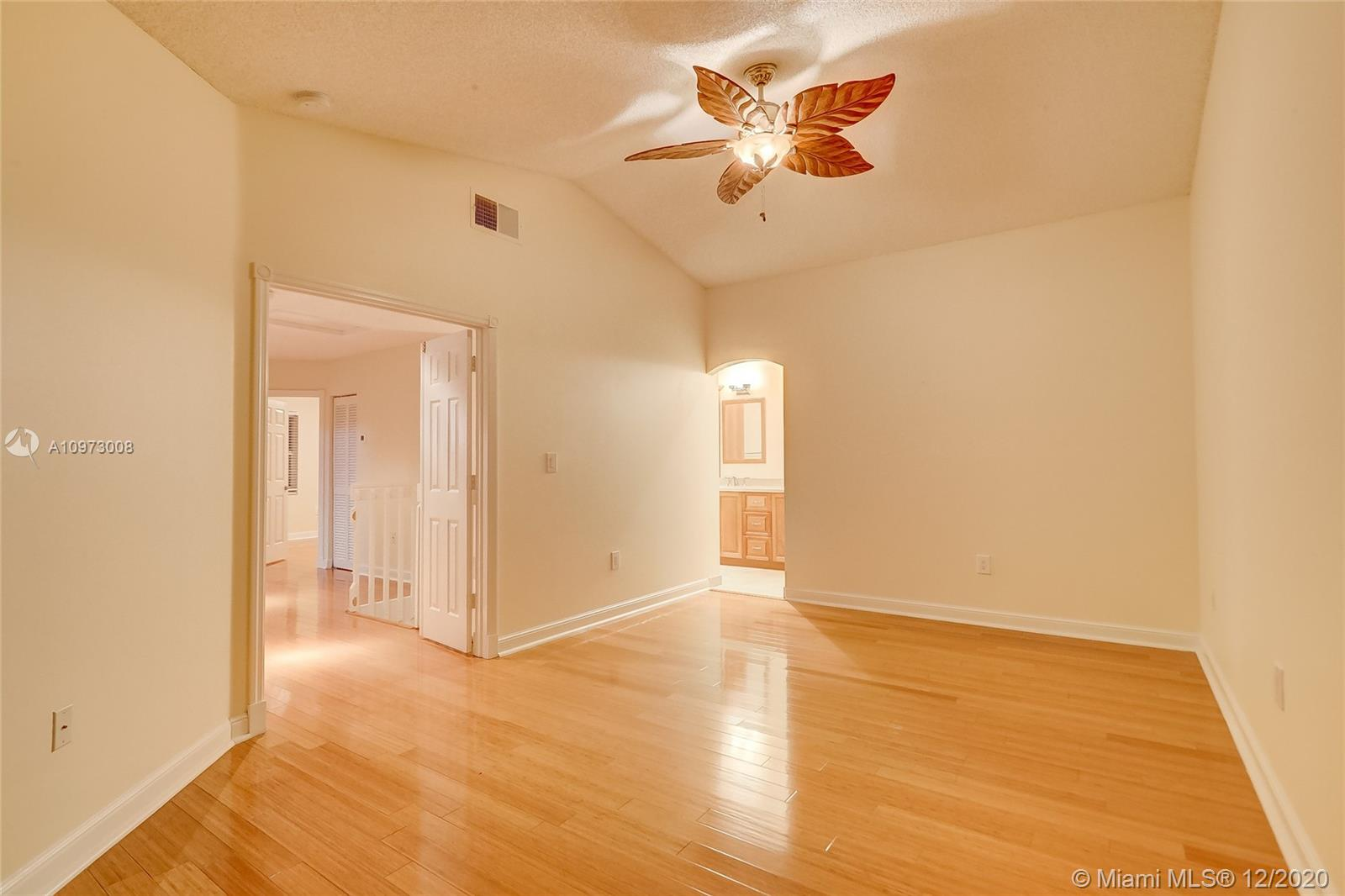 1065 Weeping Willow Way photo024