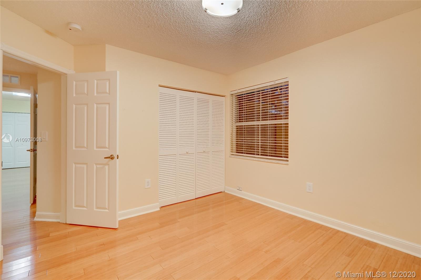 1065 Weeping Willow Way photo034