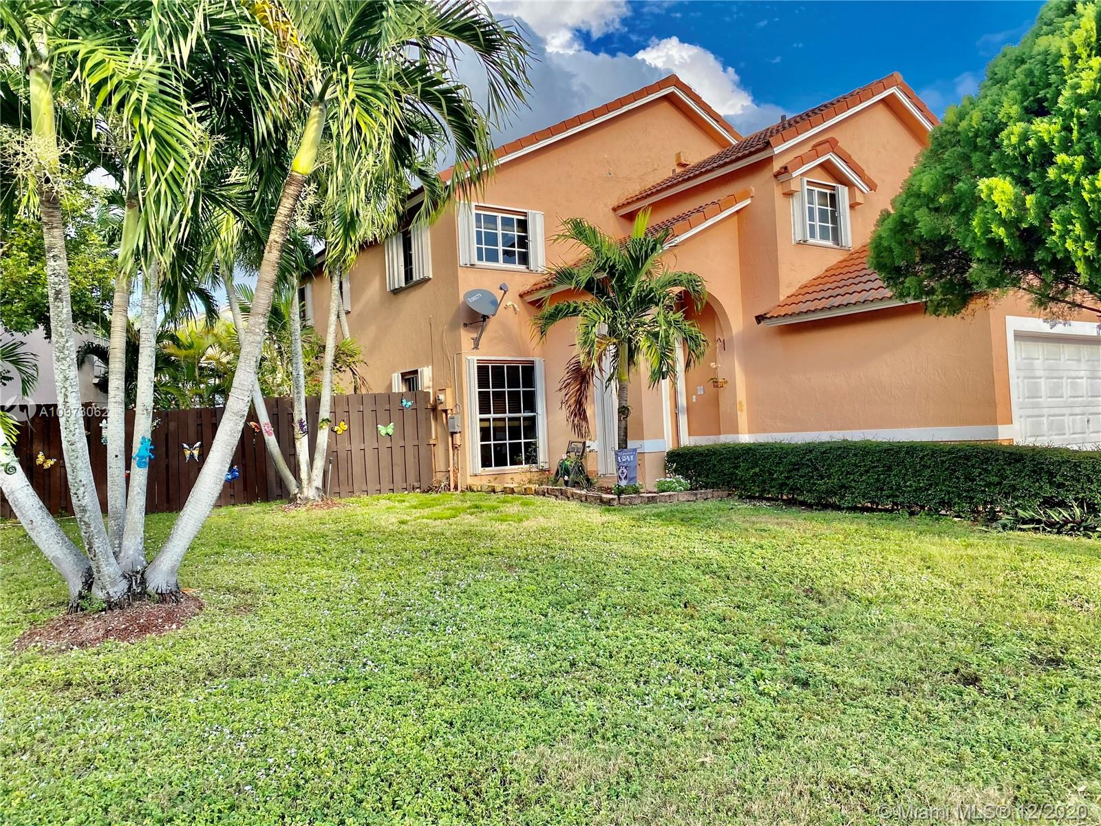 Lakes Of The Meadow - 15359 SW 54th St, Miami, FL 33185