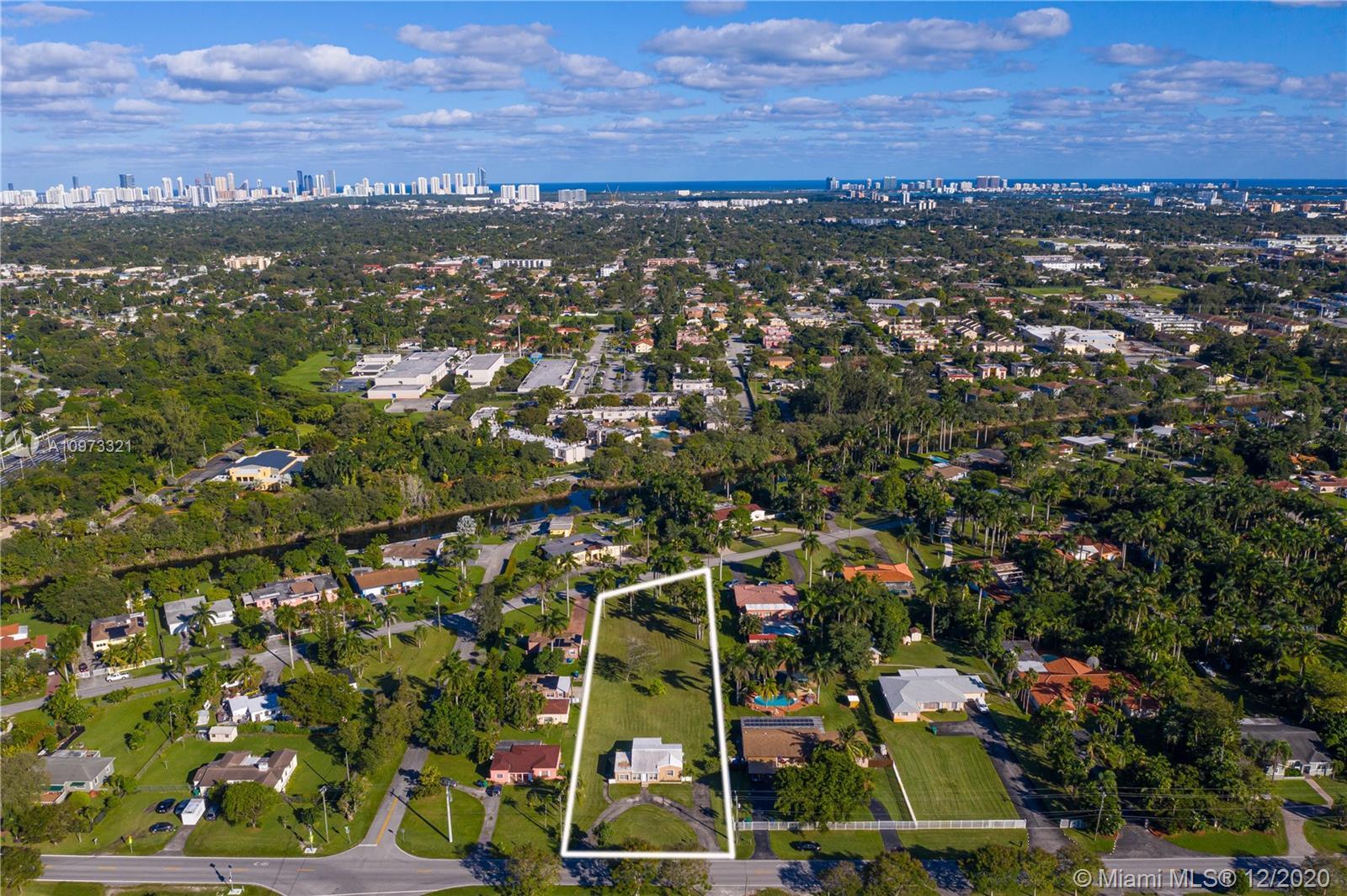 14225 N Miami Ave photo01