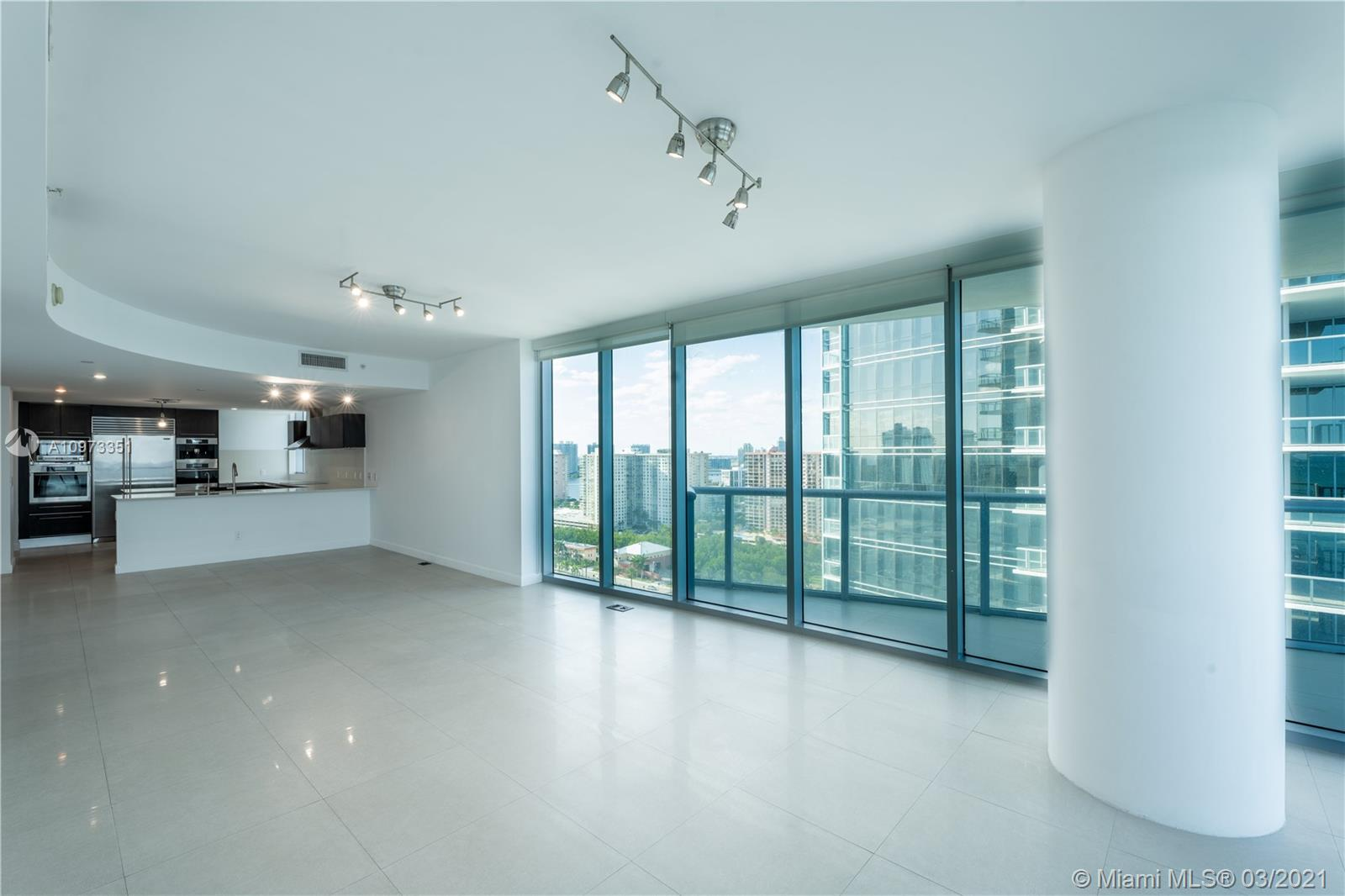17001 Collins Ave #2208 photo06