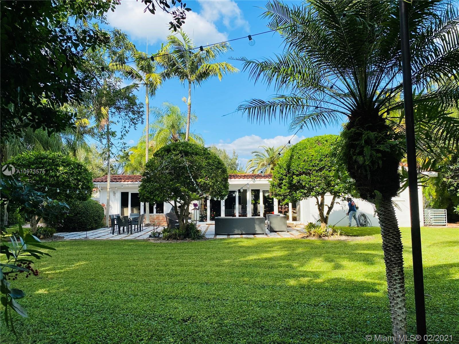 Pine Tree Estates - 8040 SW 132nd St, Pinecrest, FL 33156