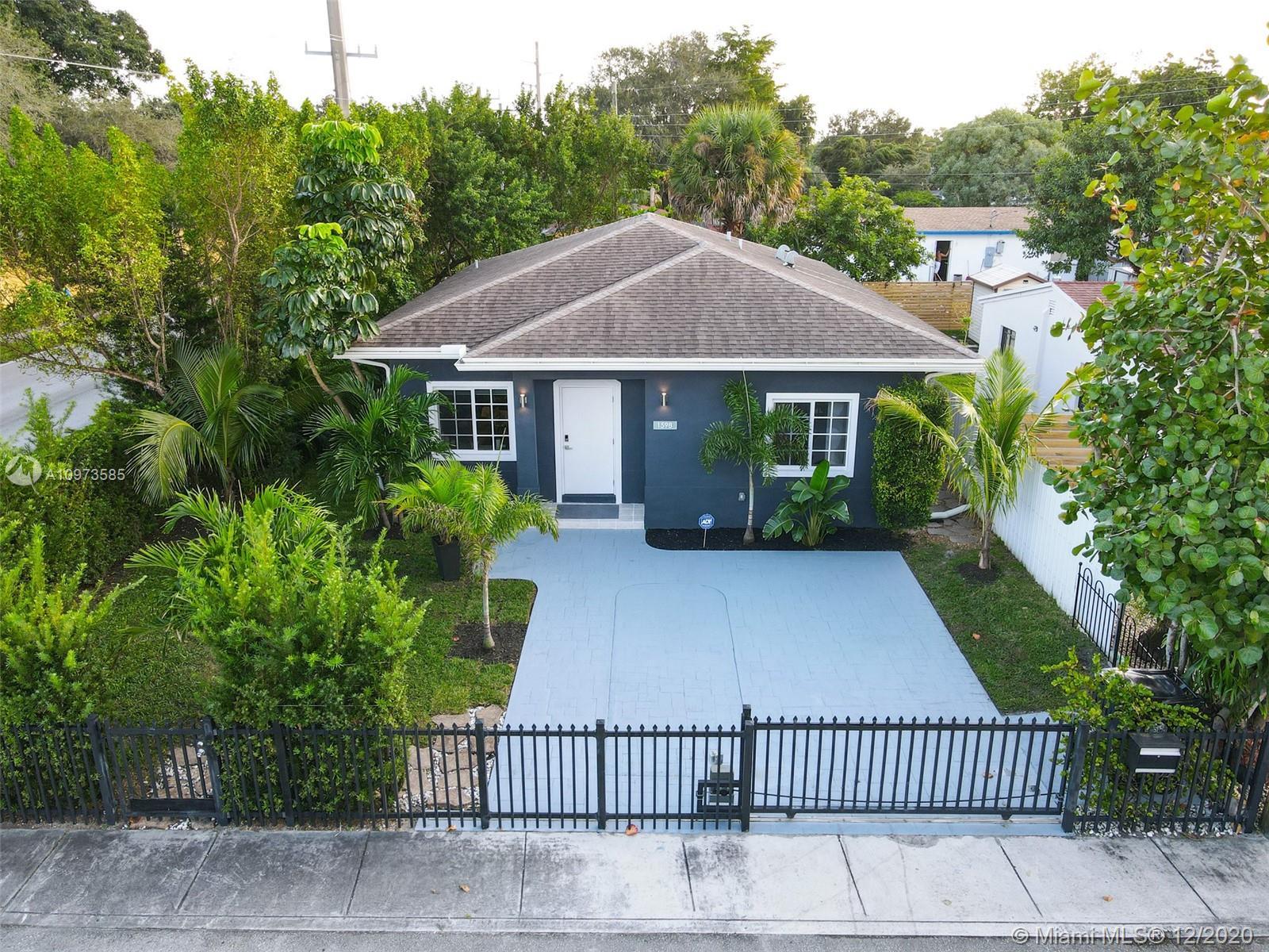 North Miami Beach - 1598 NE 154th St, North Miami Beach, FL 33162