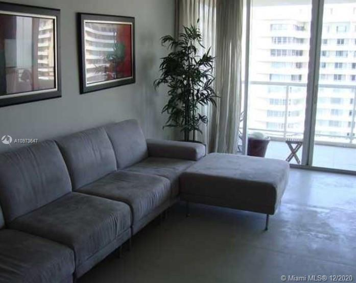 5600 Collins Ave #15B photo010