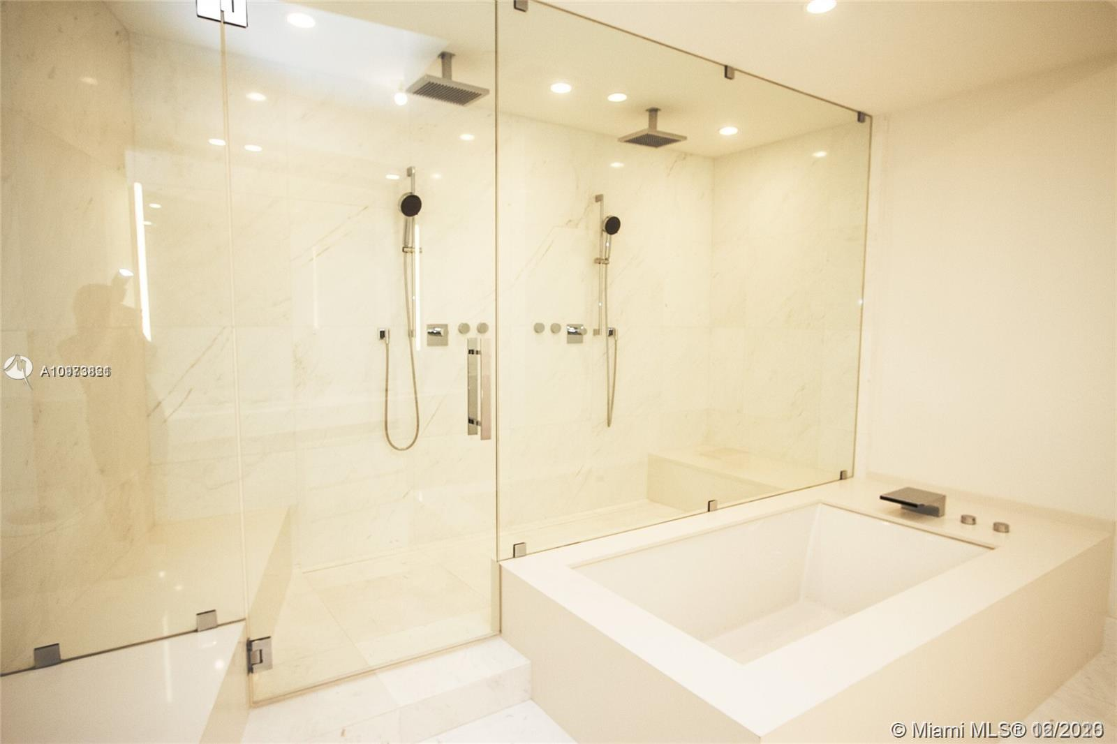 18555 Collins Ave #5505 photo011