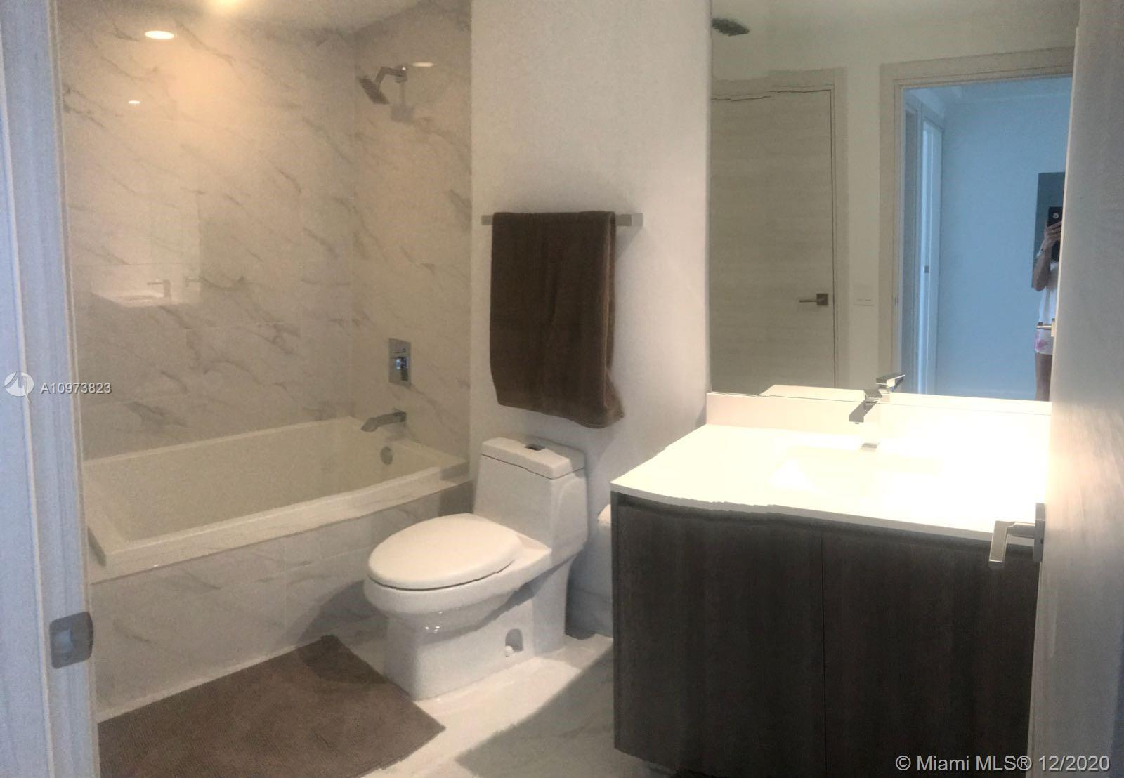 SLS Lux Brickell #4509 photo08