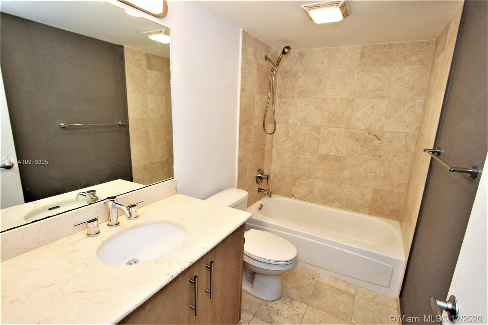 10275 Collins Ave #933 photo027