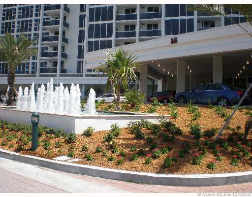 10275 Collins Ave #933 photo06