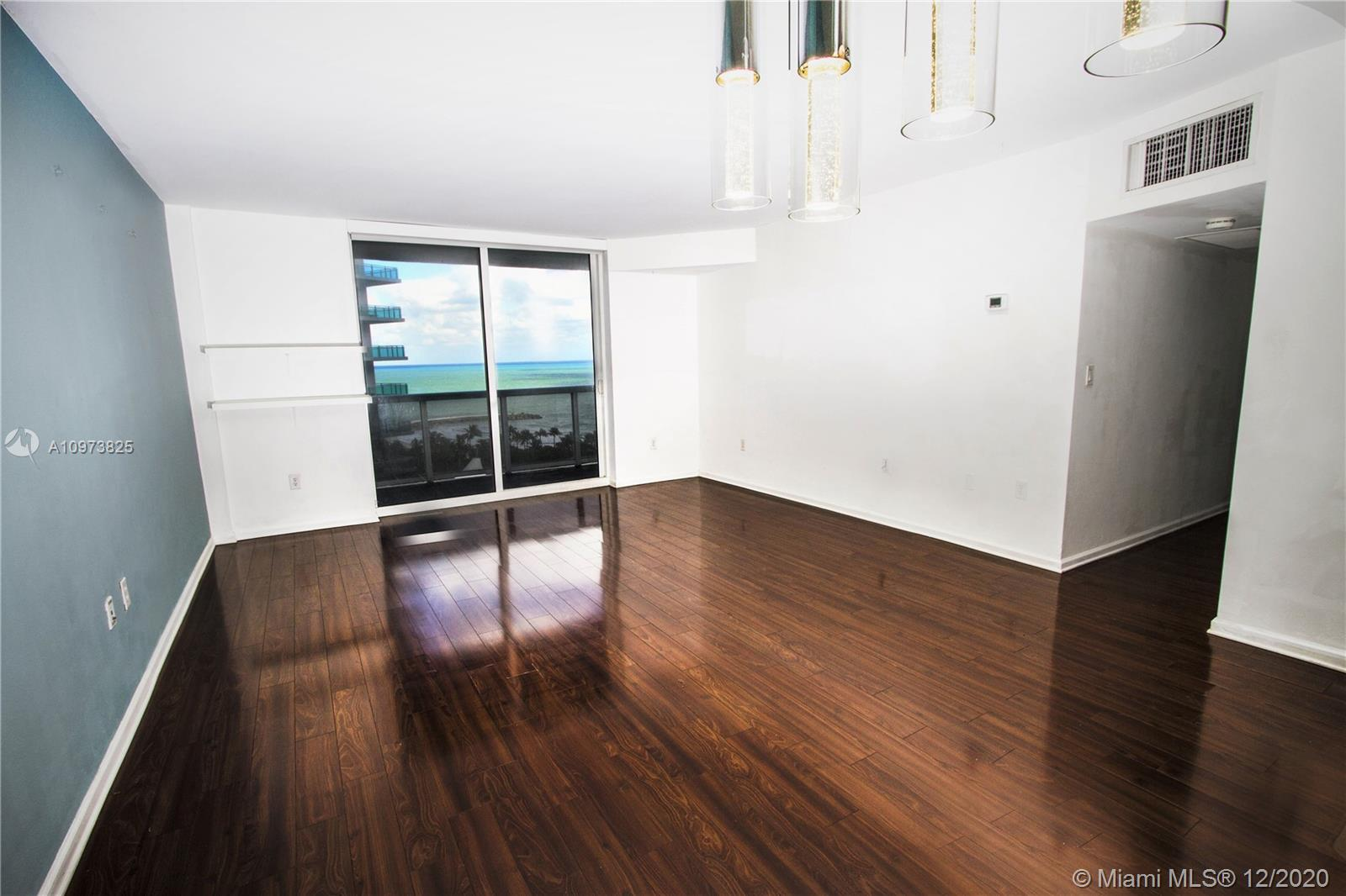 10275 Collins Ave #933 photo020