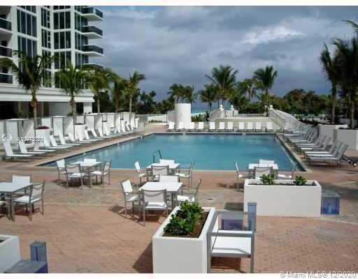 10275 Collins Ave #933 photo09