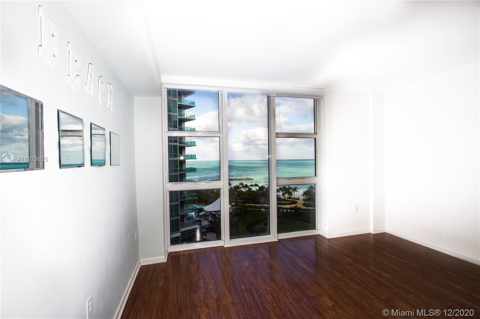 10275 Collins Ave #933 photo018