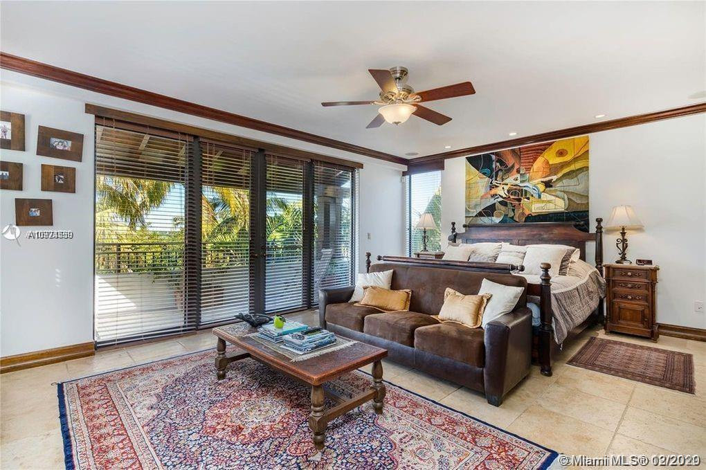 Tropical Isle Homes # photo39