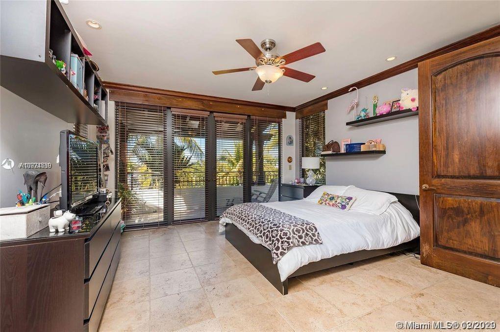 Tropical Isle Homes # photo29