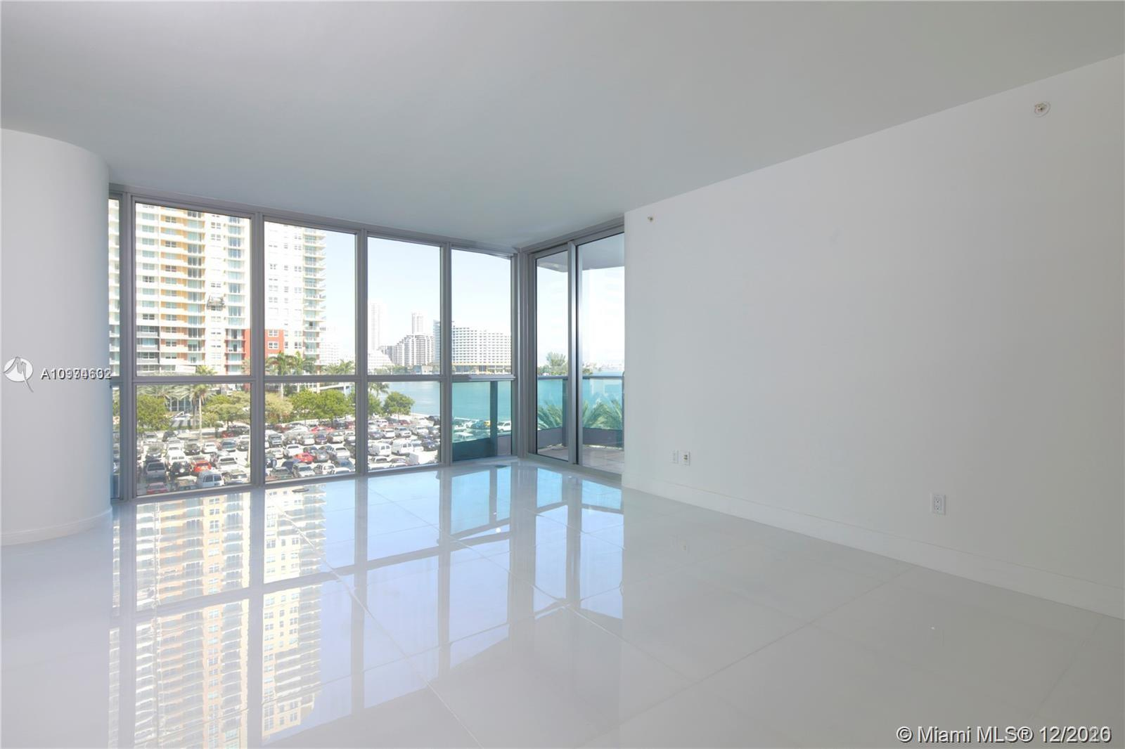 1331 Brickell Bay Dr #402 photo02