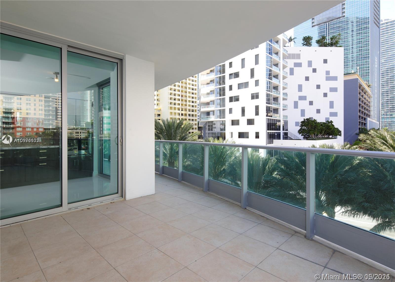 1331 Brickell Bay Dr #402 photo06