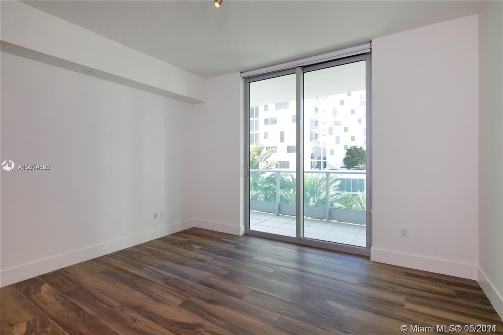 1331 Brickell Bay Dr #402 photo012