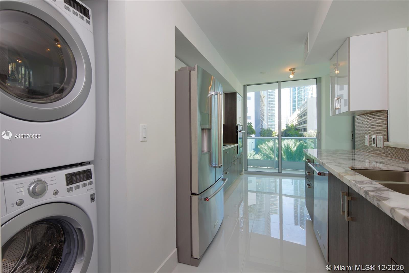 1331 Brickell Bay Dr #402 photo09