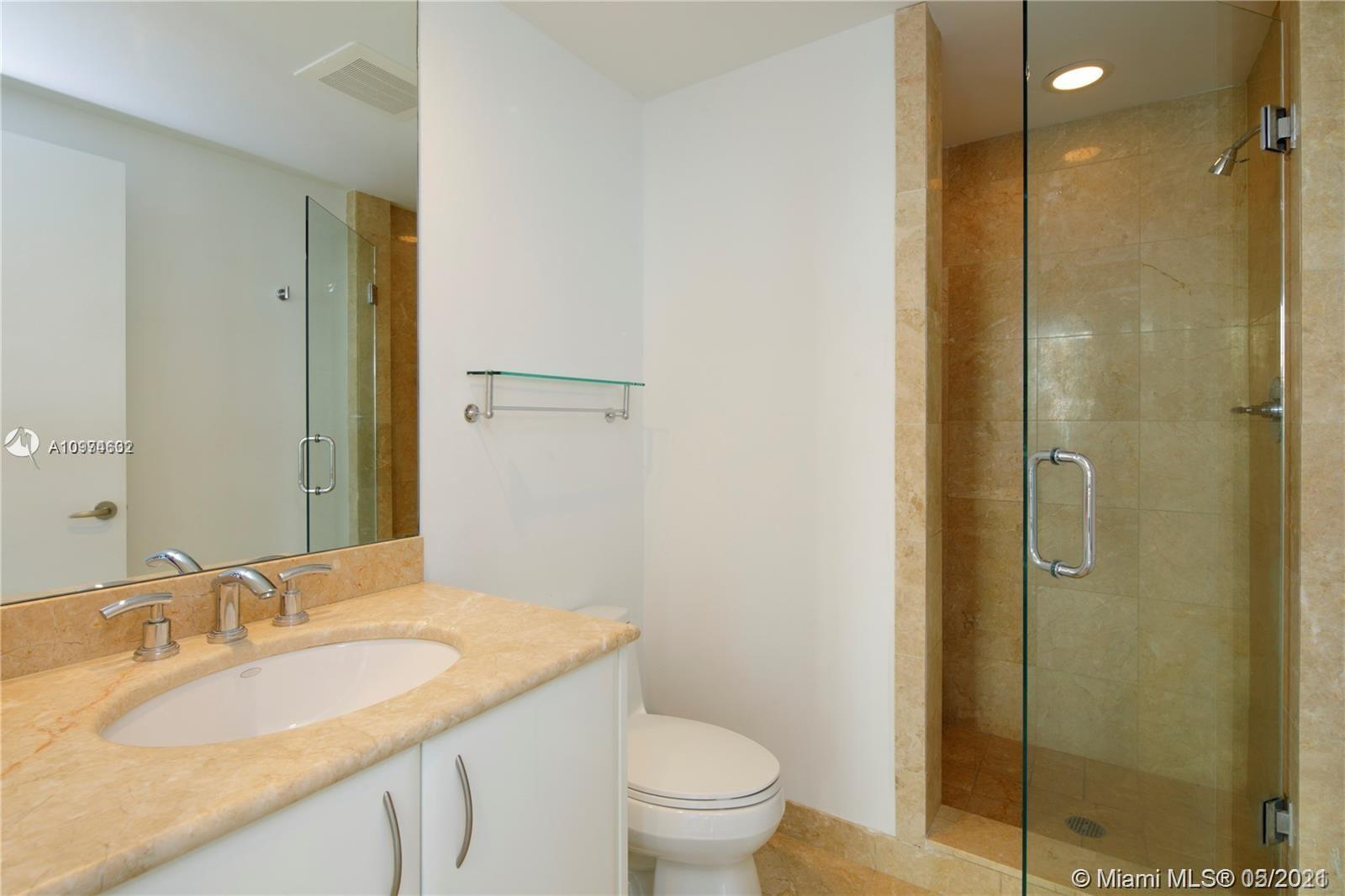 1331 Brickell Bay Dr #402 photo018