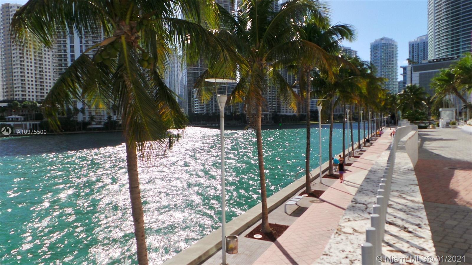 One Miami #3820 photo32