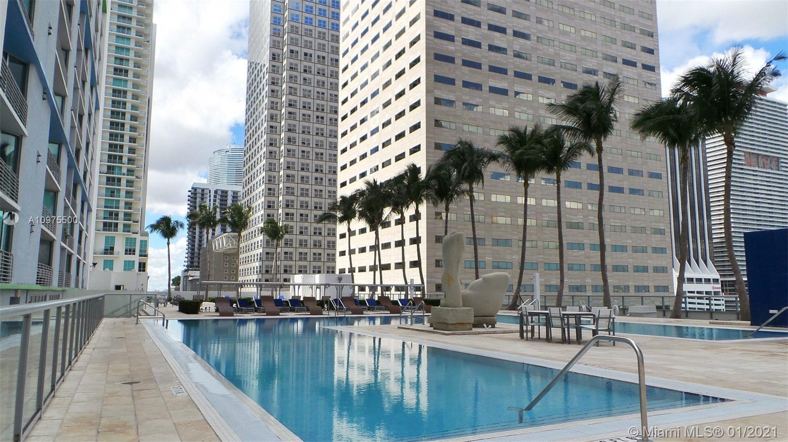 One Miami #3820 photo24