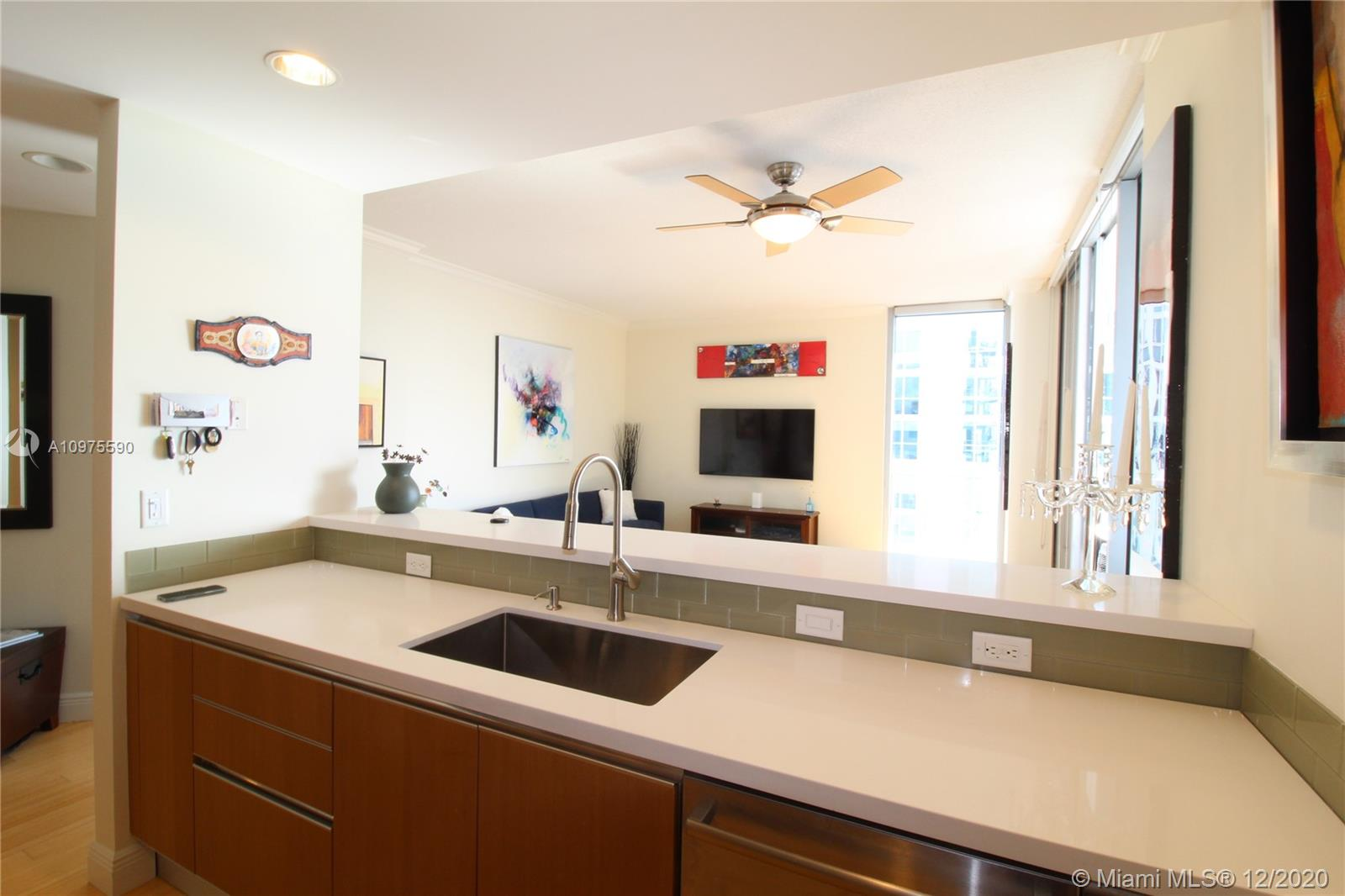 1060 Brickell East Tower #2914 - 1050 S Brickell Ave #2914, Miami, FL 33131
