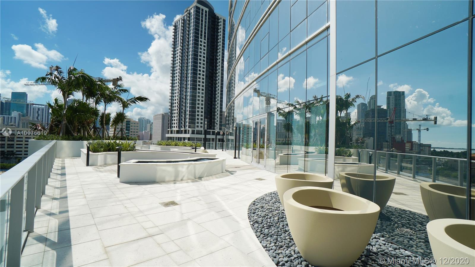 Paramount Miami Worldcenter #1802 photo64