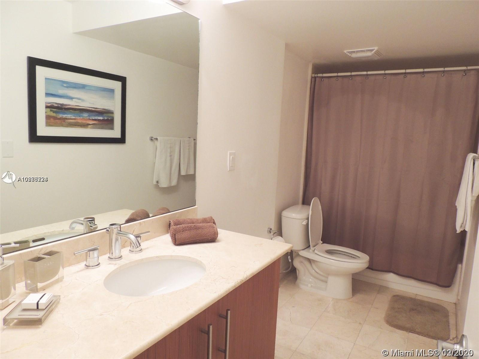 10275 Collins Ave #414 photo08