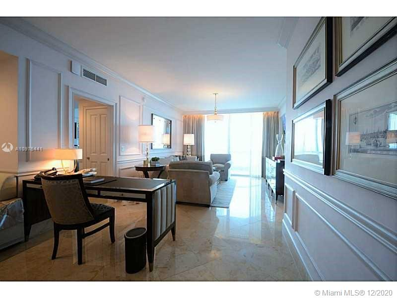 17875 Collins Ave #2503 photo07