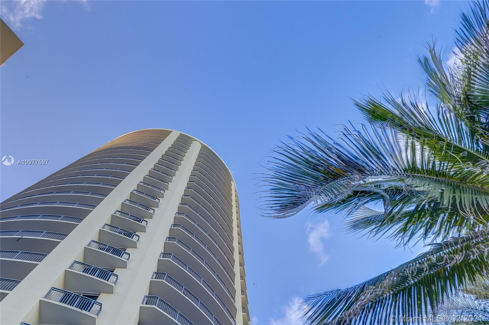 17375 Collins Ave #2501 photo054