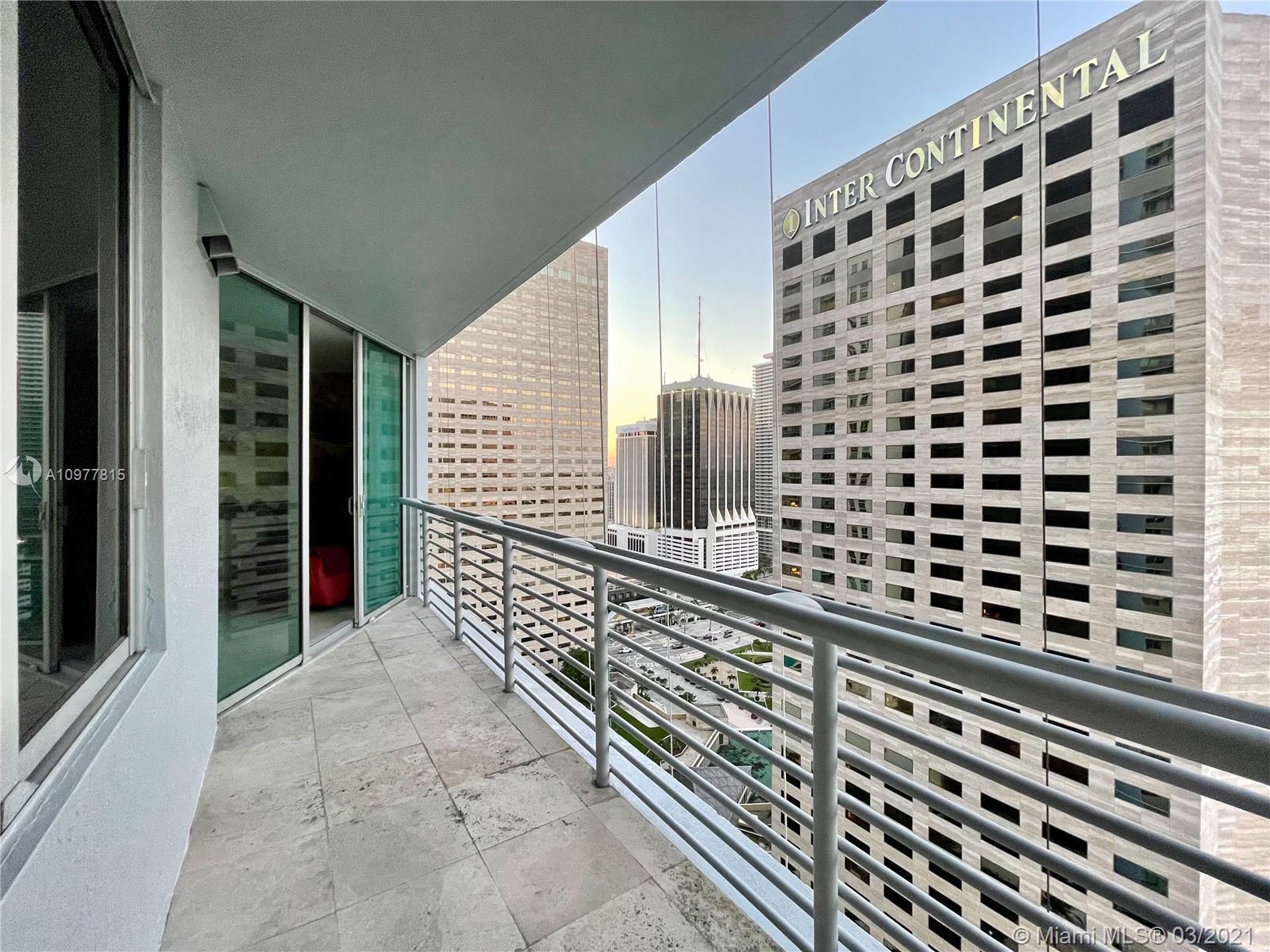 One Miami #2810 photo06