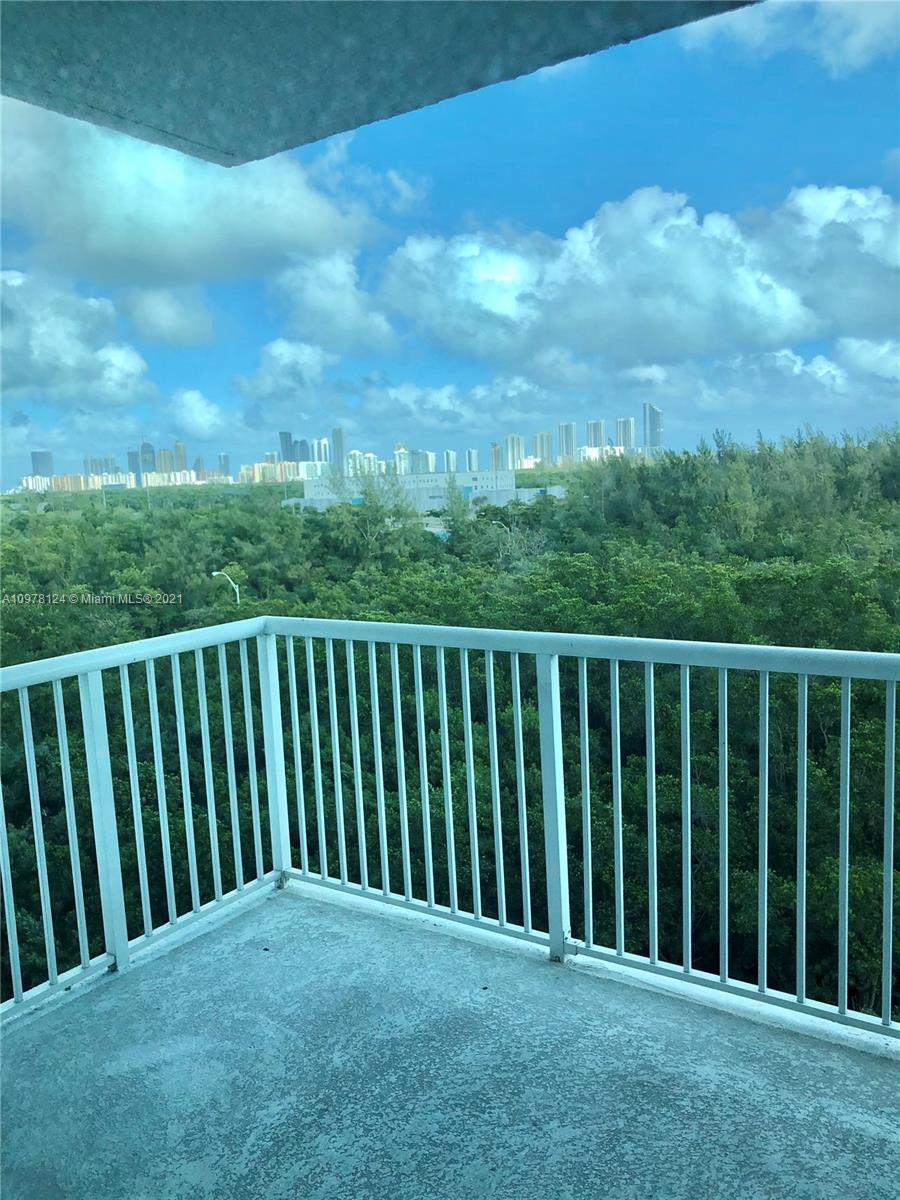 One Fifty One At Biscayne #704 photo12
