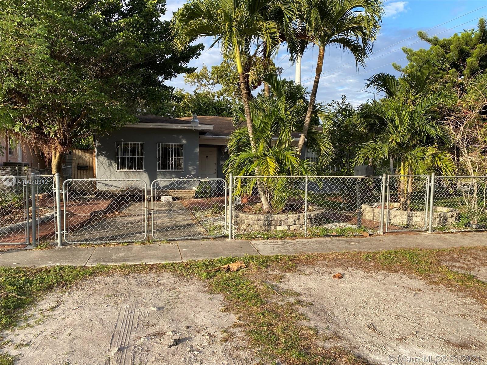 North Miami Beach - 1395 NE 157th St, North Miami Beach, FL 33162