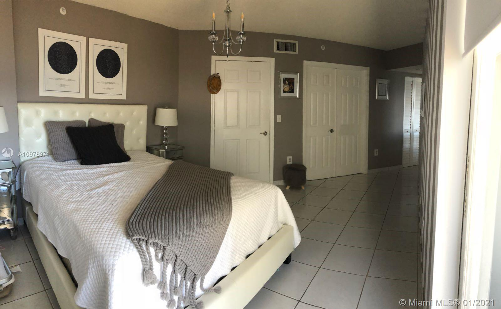 6301 COLLINS AVE #1204 photo021
