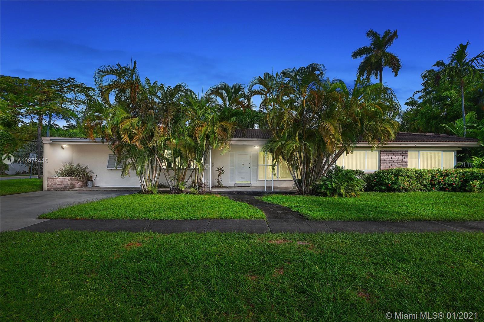 Sunset Lake - 2901 N Bay Rd, Miami Beach, FL 33140