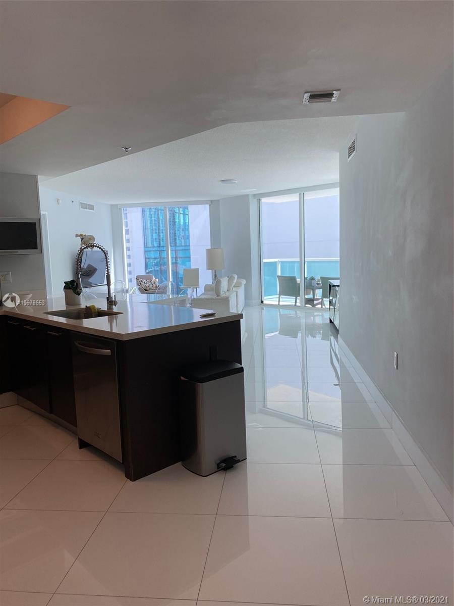 150 Sunny Isles Blvd #701 photo06