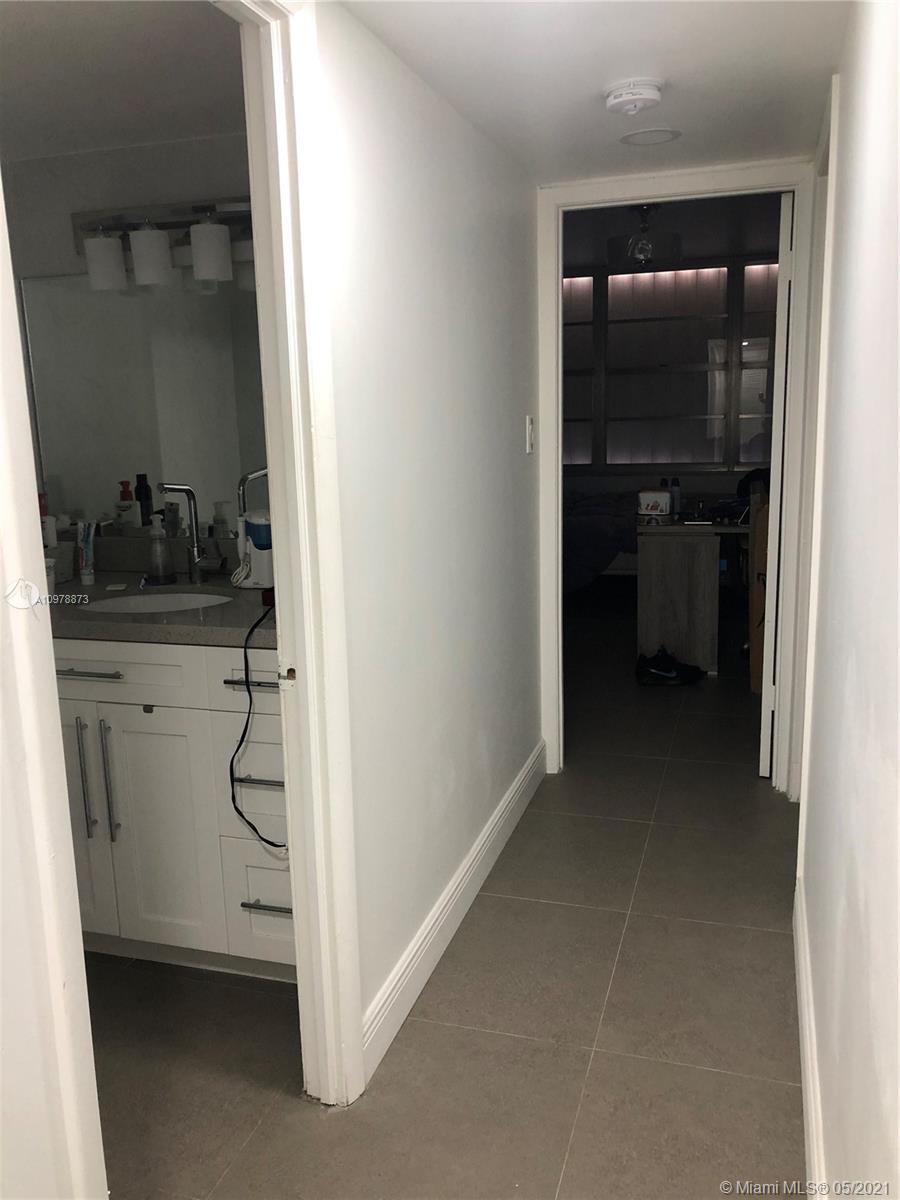 18041 Biscayne Blvd #801 photo012